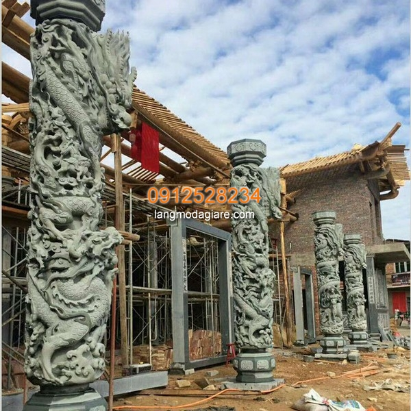 Cột đá rồng đẹp nhất Việt Nam