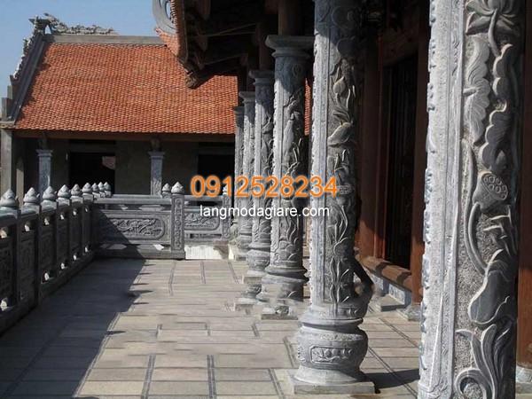 Cột đá được chạm khắc đẹp nhất Việt Nam