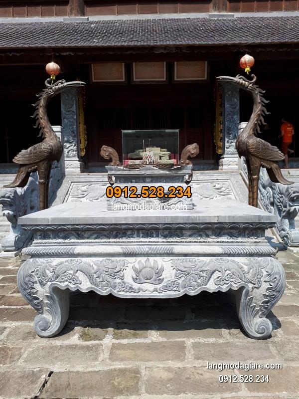 Bàn lễ đá xanh đẹp chất lượng cao giá tốt thiết kế đơn giản
