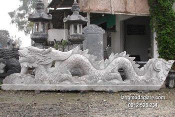Chiếu rồng bằng đá chạm khắc đẹp giá hợp lý