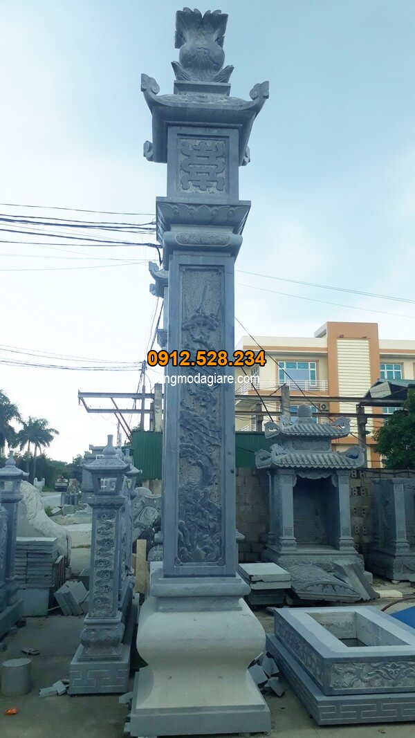 Cột đá vuông nguyên khối cao cấp