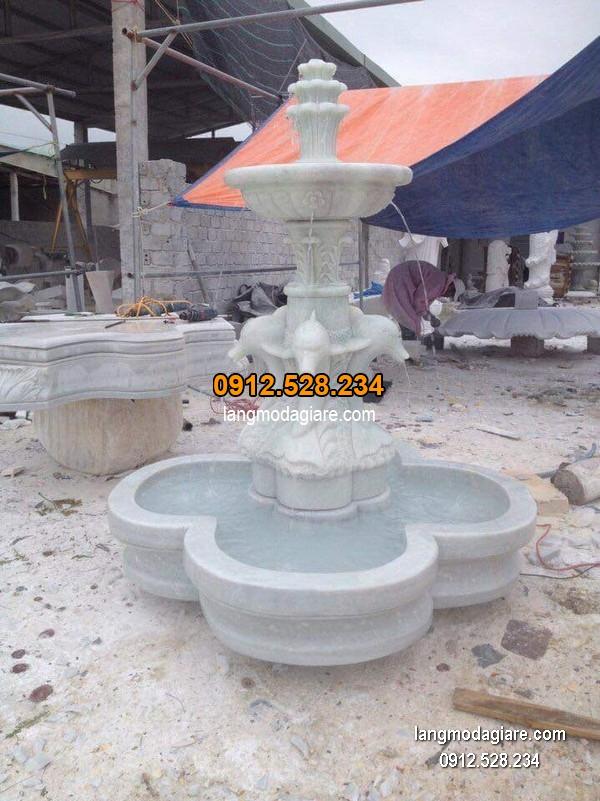Đài phun nước bằng đá tự nhiên đẹp chất lượng cao giá hợp lý