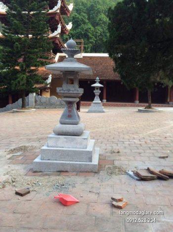 Đèn đá sân vườn đẹp nhất thiết kế hiện đại giá rẻ
