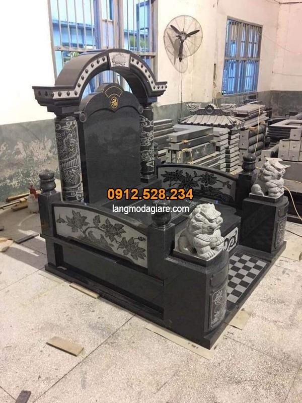 Mẫu lăng mộ được làm từ đá xanh đen cao cấp