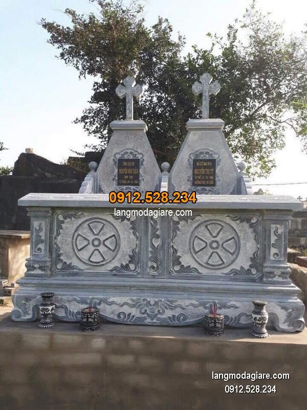 Mộ đá công giáo xanh chạm khắc tinh tế chất lượng cao giá rẻ