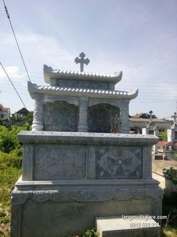 Mộ đá công giáo xanh chạm khắc tinh tế chất lượng tốt giá tốt