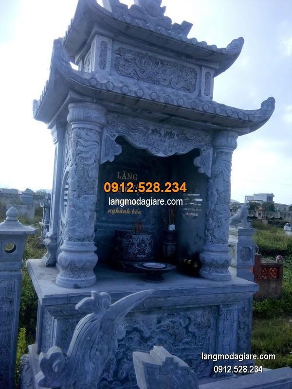 Mẫu mộ 2 mái đá xanh khối đẹp chất lượng cao giá hợp lý thiết kế đơn giản