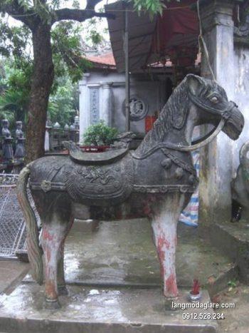 Con ngựa đá phong thủy đẹp chất lượng cao giá hợp lý
