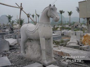 Con ngựa đá phong thủy đẹp chất lượng tốt giá tốt