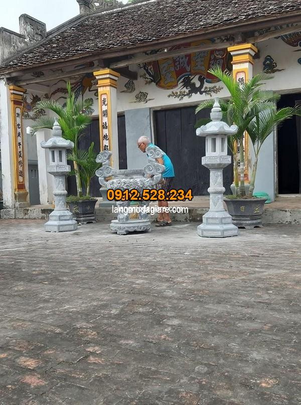Cách sử dụng lư hương đá đẹp trong khuôn viên nhà thờ họ