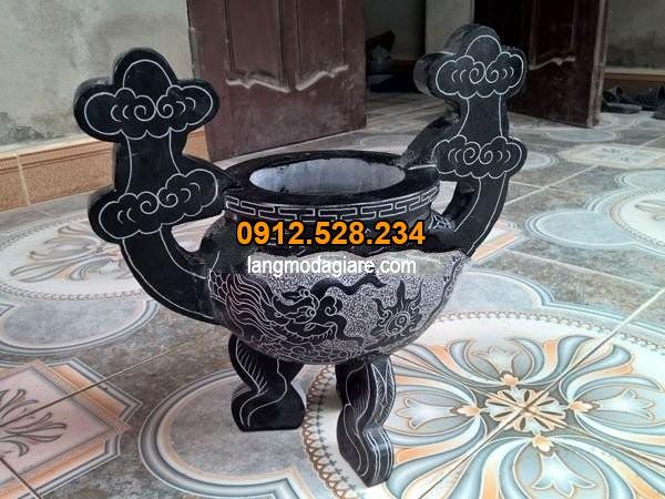 Lư hương làm từ đá xanh đen