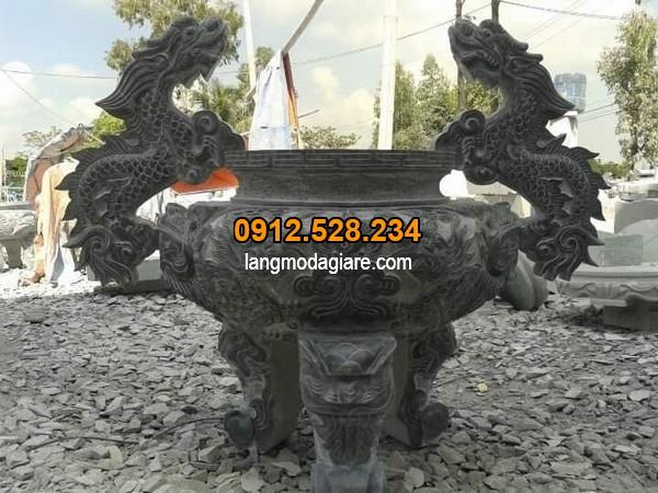 Lư hương đá được chạm khắc họa tiết rồng đẹp nhất hiện nay