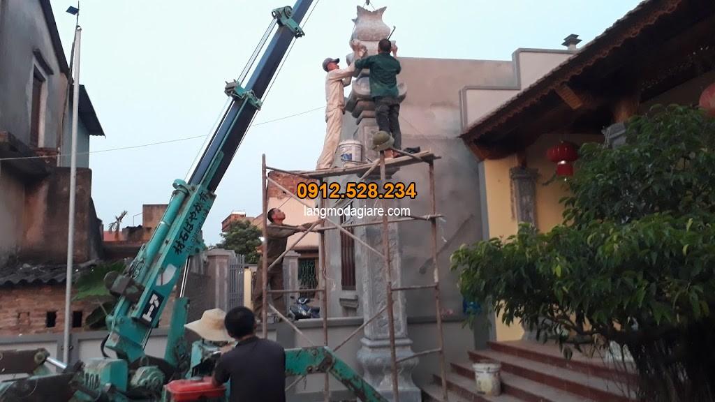 Cột đồng trụ nhà thờ họ tại Thanh Mai Hà Nội