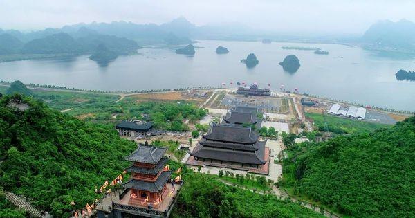 Vẻ đẹp chùa Tam Chúc ở Hà Nam