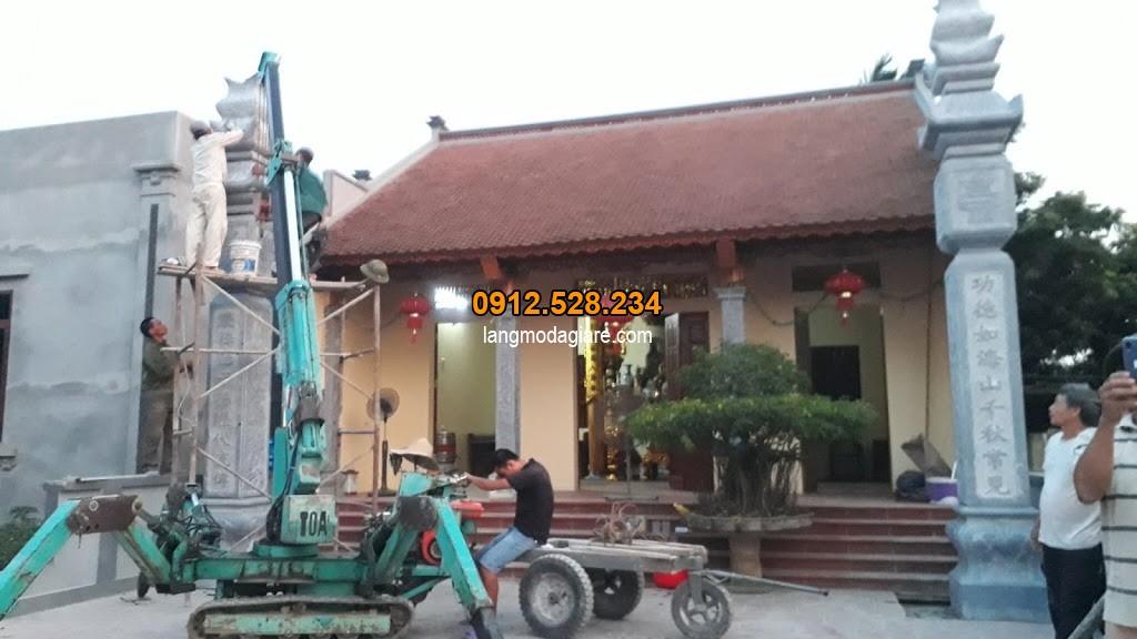 Hình ảnh lắp đặt cột đồng trụ nhà thờ họ