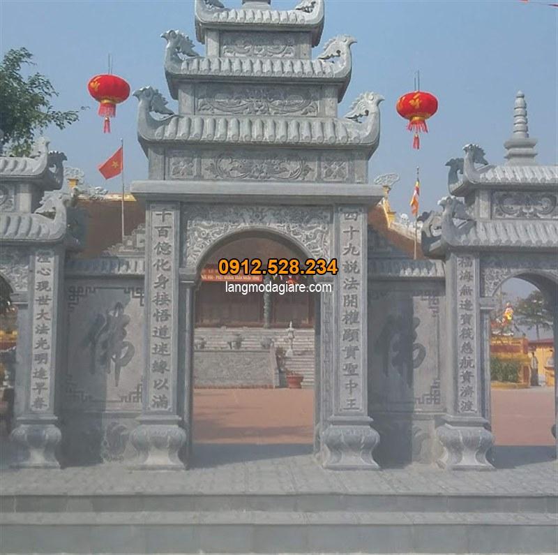 Mẫu câu đối cổng chùa được làm bằng đá xanh đen, Câu đối cổng nhà thờ họ đẹp