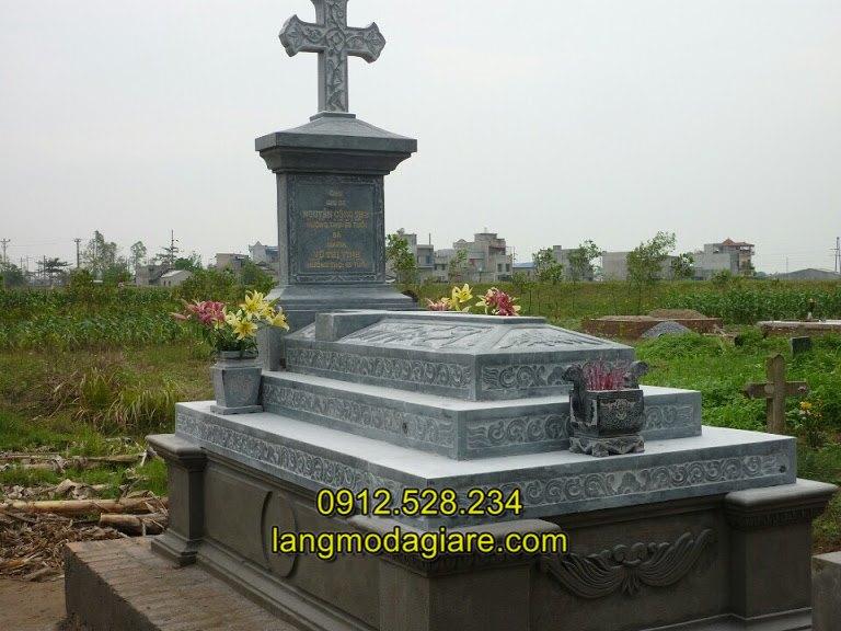 Mẫu mộ công giáo bằng đá đơn giản