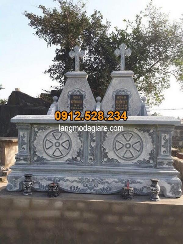 Mẫu mộ đôi công giáo dẹp