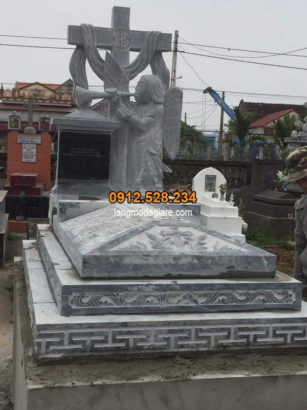 Mộ đá công giáo khác gì với mộ thông thường