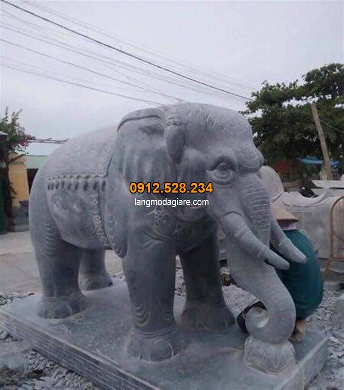 Tìm hiểu Ý nghĩa tượng voi đá trong phong thủy và cách đặt tượng voi 02
