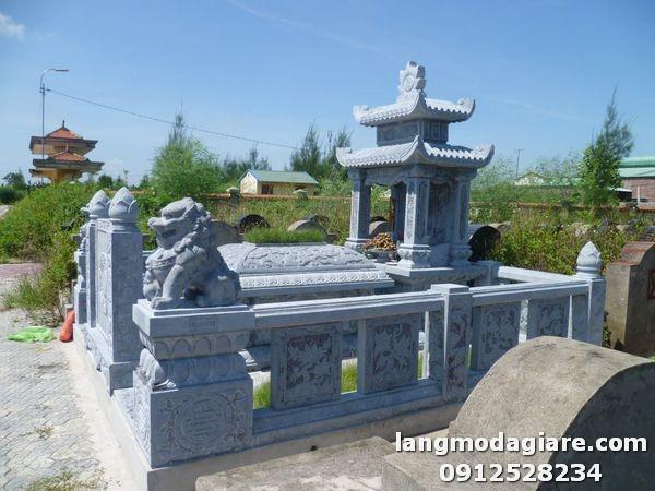 Khu lăng mộ đá đẹp tại Bình Thuận