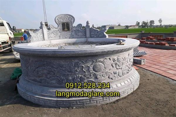 Mẫu mộ tổ hình tròn bằng đá chế tác tại Ninh Vân