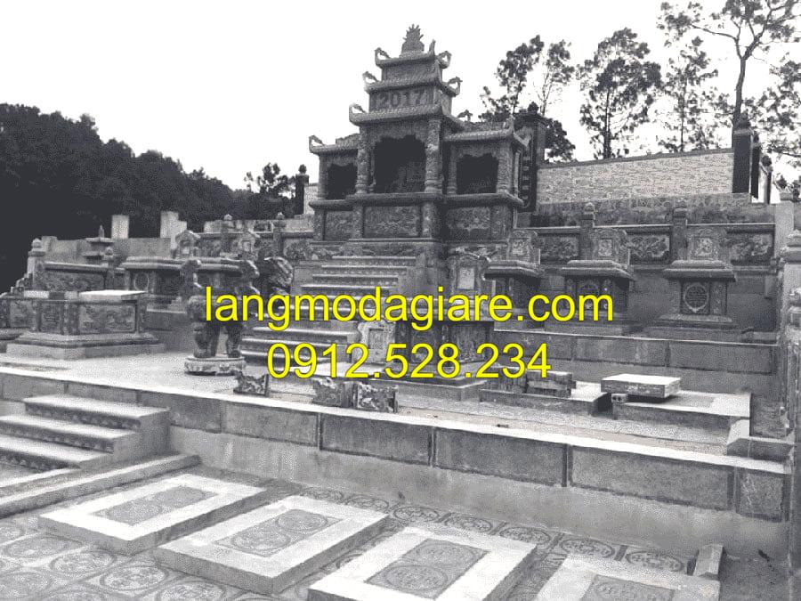 Lăng mộ đá cổ Ninh Vân