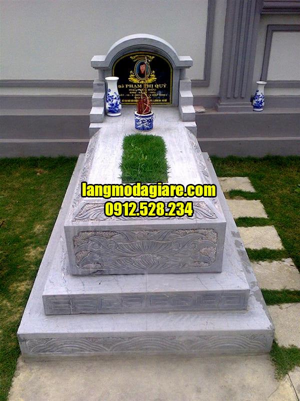 Mẫu mộ tam cấp đẹp đang được ưa chuộng hiện nay