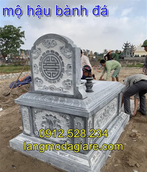 Mặt sau mộ đá hậu bành