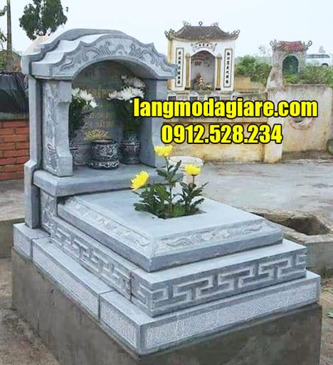 Mẫu mộ tam cấp bằng đá