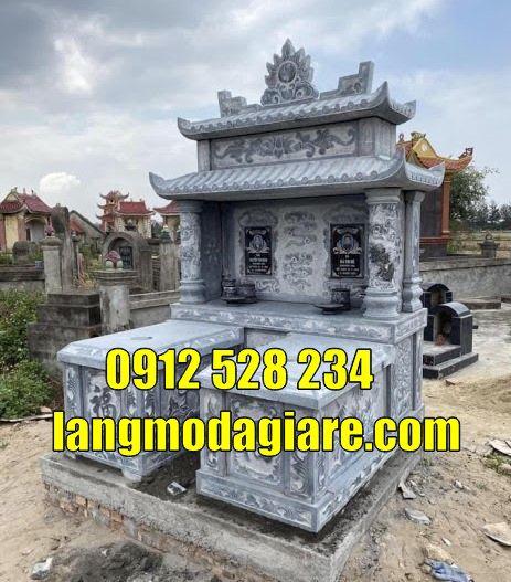 Mẫu mộ đôi đẹp tại Bình Phước bằng đá xanh nguyên khối