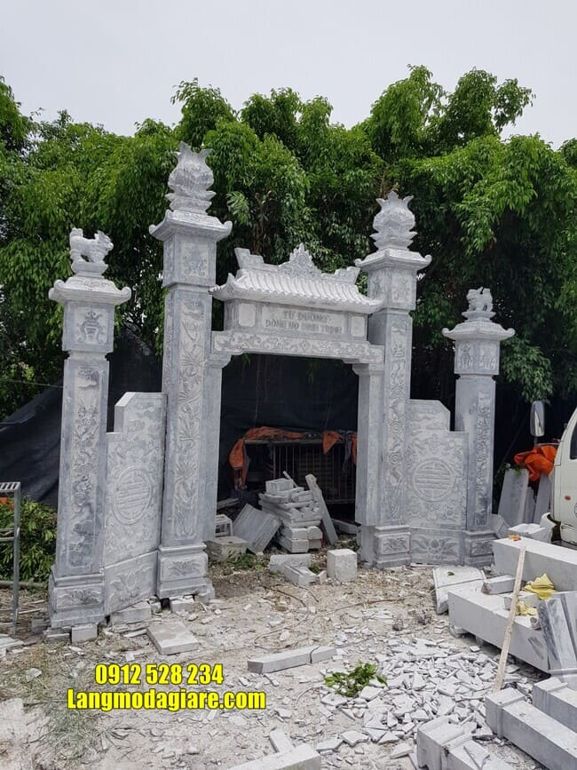 cổng nhà thờ họ tại Hà Nam