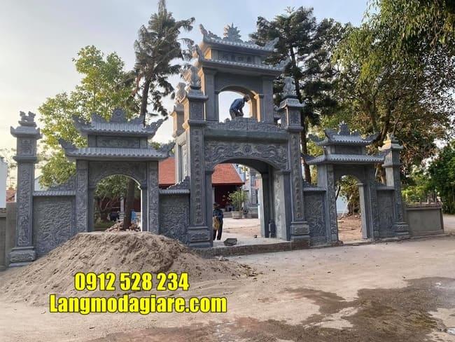 cổng tam quan bằng đá đẹp tại Vĩnh Phúc