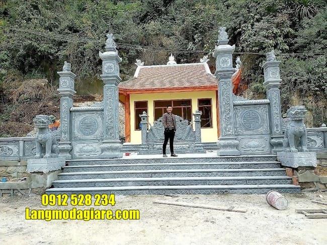 mẫu cổng tam quan đá đẹp tại Thái Bình