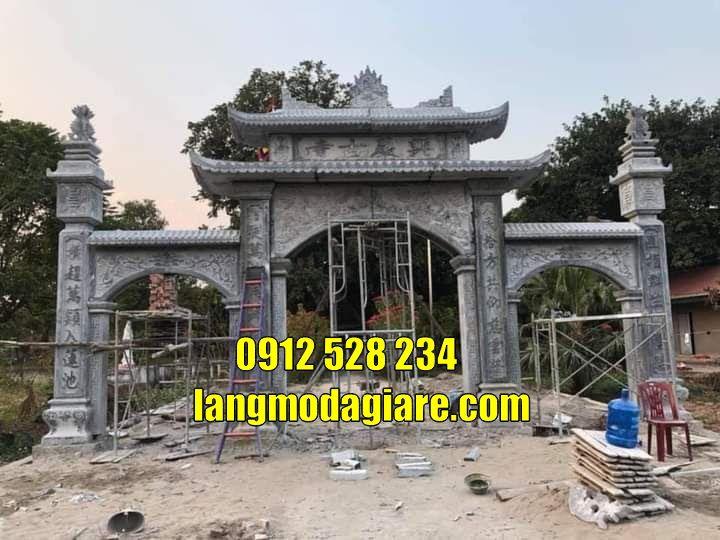 Mẫu cổng chùa đẹp kiểu có gác bằng đá bán tại Đồng Nai