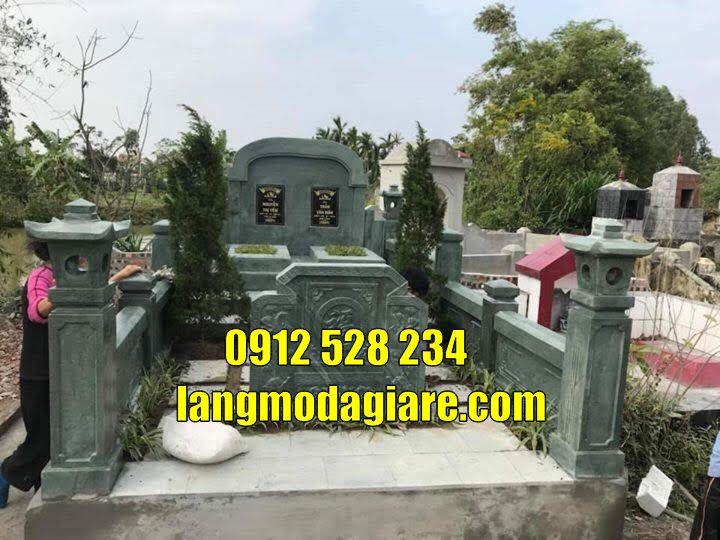 mẫu mộ đôi đẹp bằng đá xanh rêu bán tại Cà Mau