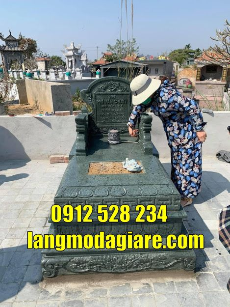 Mẫu mộ đẹp đơn giản thờ hũ cốt bằng đá bán tại Cà Mau